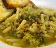 Minestra di broccoli e lenticchie