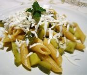 Crudaiola con zucchine e cacioricotta
